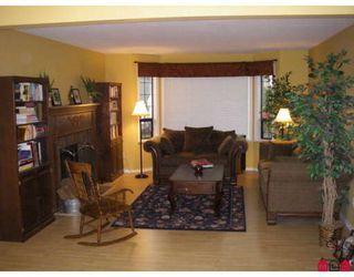 "Photo 2: 7822 167A Street in Surrey: Fleetwood Tynehead House for sale in ""HAZELWOOD/FLEETWOOD"" : MLS®# F2830898"