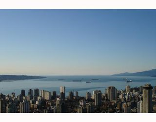 """Main Photo: 4101 1111 ALBERNI Street in Vancouver: West End VW Condo for sale in """"SHANGRI-LA"""" (Vancouver West)  : MLS®# V745130"""