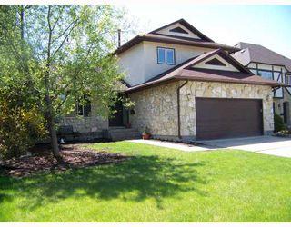 Main Photo: 34 ZEGLINSKI Crescent in WINNIPEG: North Kildonan Residential for sale (North East Winnipeg)  : MLS®# 2909927