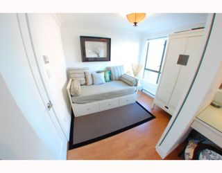 "Photo 6: 1102 1189 HOWE Street in Vancouver: Downtown VW Condo for sale in ""THE GENESIS"" (Vancouver West)  : MLS®# V779458"