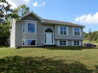 Photo 2: 34 Mary Drive in Greenhill: 108-Rural Pictou County Residential for sale (Northern Region)  : MLS®# 201921582