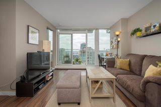 Main Photo: 1608 135 E 17TH Street in North Vancouver: Central Lonsdale Condo for sale : MLS®# R2405234