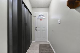 Photo 5: 7257 180 Street in Edmonton: Zone 20 Townhouse for sale : MLS®# E4179193