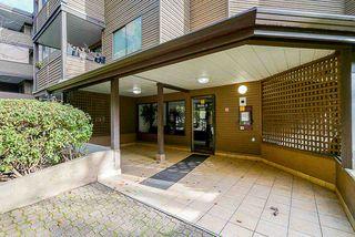 Photo 4: 107 10680 151A Street in Surrey: Guildford Condo for sale (North Surrey)  : MLS®# R2433839