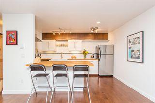 "Photo 7: 210 330 E 7TH Avenue in Vancouver: Mount Pleasant VE Condo for sale in ""Landmark Belvedere"" (Vancouver East)  : MLS®# R2448801"