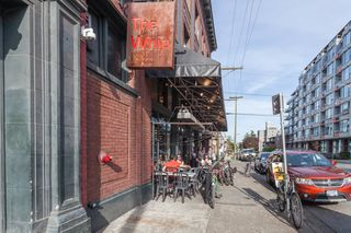 "Photo 20: 210 330 E 7TH Avenue in Vancouver: Mount Pleasant VE Condo for sale in ""Landmark Belvedere"" (Vancouver East)  : MLS®# R2448801"