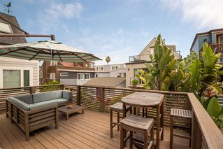 Photo 6: MISSION BEACH House for sale : 2 bedrooms : 724 Windemere Ct in San Diego