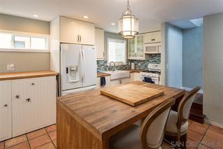 Photo 13: MISSION BEACH House for sale : 2 bedrooms : 724 Windemere Ct in San Diego