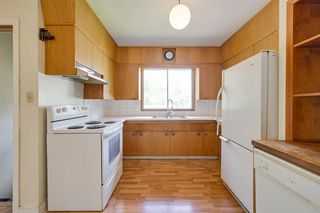 Photo 3: 11132 48 Avenue in Edmonton: Zone 15 House for sale : MLS®# E4200680