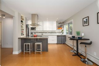 "Photo 2: 207 1484 CHARLES Street in Vancouver: Grandview Woodland Condo for sale in ""LANDMARK ARMS - COMMERCIAL DRIVE"" (Vancouver East)  : MLS®# R2477117"