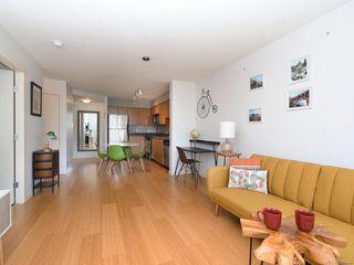Photo 3: 601 751 Fairfield Rd in Victoria: Vi Downtown Condo Apartment for sale : MLS®# 838043