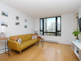 Photo 4: 601 751 Fairfield Rd in Victoria: Vi Downtown Condo Apartment for sale : MLS®# 838043