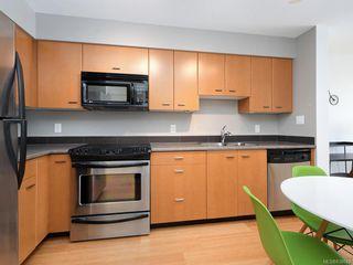 Photo 8: 601 751 Fairfield Rd in Victoria: Vi Downtown Condo Apartment for sale : MLS®# 838043