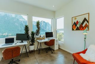 "Photo 14: 38607 HIGH CREEK Drive in Squamish: Plateau House for sale in ""Crumpit Woods"" : MLS®# R2481083"