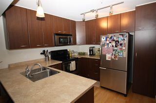 Photo 4: 306 5631 INLET Avenue in Sechelt: Sechelt District Condo for sale (Sunshine Coast)  : MLS®# R2489802