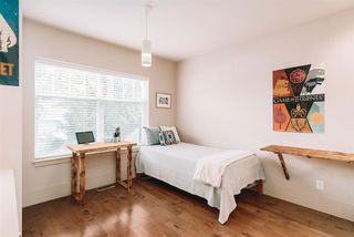 Photo 11: 554 W 22ND Avenue in Vancouver: Cambie House for sale (Vancouver West)  : MLS®# R2505437