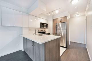 """Photo 9: 1508 1189 HOWE Street in Vancouver: Downtown VW Condo for sale in """"GENESIS"""" (Vancouver West)  : MLS®# R2528106"""