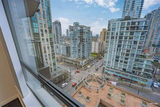 """Photo 13: 1508 1189 HOWE Street in Vancouver: Downtown VW Condo for sale in """"GENESIS"""" (Vancouver West)  : MLS®# R2528106"""