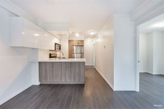 """Photo 8: 1508 1189 HOWE Street in Vancouver: Downtown VW Condo for sale in """"GENESIS"""" (Vancouver West)  : MLS®# R2528106"""