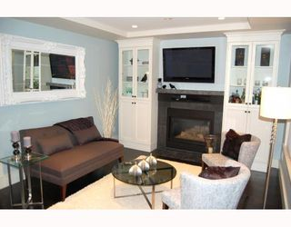 """Photo 9: 917 W 20TH Avenue in Vancouver: Cambie House for sale in """"DOUGLAS PARK"""" (Vancouver West)  : MLS®# V803088"""