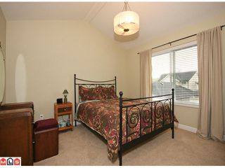 "Photo 6: 6760 193B Street in Surrey: Clayton House for sale in ""GRAMERCY PARK"" (Cloverdale)  : MLS®# F1017960"