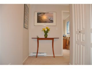 "Photo 2: 403 3590 W 26TH Avenue in Vancouver: Dunbar Condo for sale in ""DUNBAR HEIGHTS"" (Vancouver West)  : MLS®# V845387"