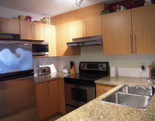"Photo 2: 157 1100 E 29TH Street in North_Vancouver: Lynn Valley Condo for sale in ""HIGHGATE"" (North Vancouver)  : MLS®# V758252"