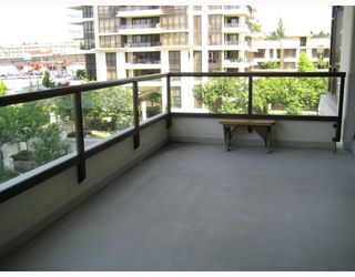 """Photo 10: 404 2138 MADISON Avenue in Burnaby: Brentwood Park Condo for sale in """"RENAISSANCE MOSAIC"""" (Burnaby North)  : MLS®# V772409"""