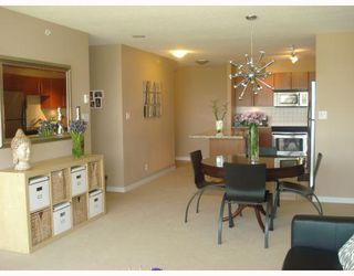 """Photo 5: 404 2138 MADISON Avenue in Burnaby: Brentwood Park Condo for sale in """"RENAISSANCE MOSAIC"""" (Burnaby North)  : MLS®# V772409"""