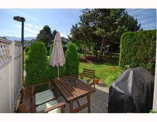 "Photo 2: 13 40200 GOVERNMENT Road in Squamish: Garibaldi Estates Townhouse for sale in ""VIKING RIDGE"" : MLS®# V777681"