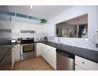 "Photo 10: 13 40200 GOVERNMENT Road in Squamish: Garibaldi Estates Townhouse for sale in ""VIKING RIDGE"" : MLS®# V777681"