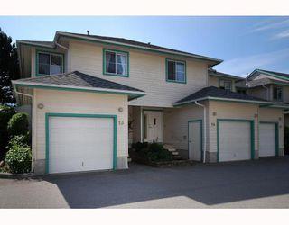 "Photo 1: 13 40200 GOVERNMENT Road in Squamish: Garibaldi Estates Townhouse for sale in ""VIKING RIDGE"" : MLS®# V777681"