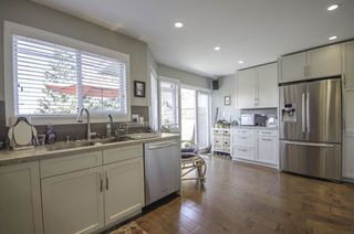 Photo 8: 6 245 E 5TH Street in North Vancouver: Lower Lonsdale Townhouse for sale : MLS®# R2400401