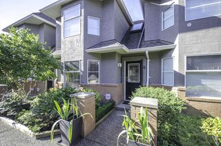 Photo 1: 6 245 E 5TH Street in North Vancouver: Lower Lonsdale Townhouse for sale : MLS®# R2400401