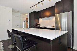 "Photo 5: 508 1679 LLOYD Avenue in North Vancouver: Pemberton NV Condo for sale in ""District Crossing"" : MLS®# R2404756"