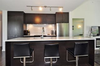 "Photo 3: 508 1679 LLOYD Avenue in North Vancouver: Pemberton NV Condo for sale in ""District Crossing"" : MLS®# R2404756"