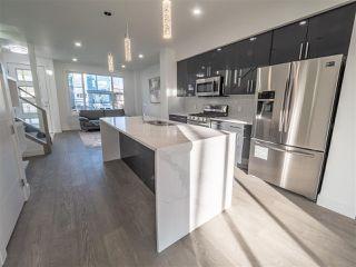 Photo 11: 8829 92 Street in Edmonton: Zone 18 House Half Duplex for sale : MLS®# E4177413