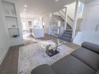 Photo 7: 8829 92 Street in Edmonton: Zone 18 House Half Duplex for sale : MLS®# E4177413