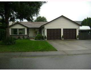 Main Photo: 20473 WALNUT in Maple Ridge: Southwest Maple Ridge House for sale : MLS®# V781993