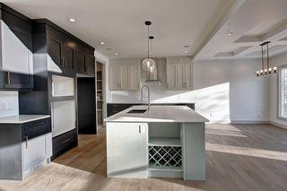 Photo 5: 2015 ROCHESTER Avenue in Edmonton: Zone 27 House for sale : MLS®# E4192861