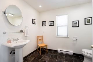 Photo 10: 308 SHOAL LKOUT Road in Gibsons: Gibsons & Area House for sale (Sunshine Coast)  : MLS®# R2471012