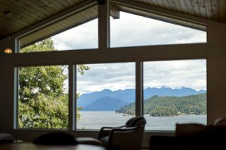 Photo 9: 308 SHOAL LKOUT Road in Gibsons: Gibsons & Area House for sale (Sunshine Coast)  : MLS®# R2471012