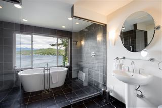Photo 19: 308 SHOAL LKOUT Road in Gibsons: Gibsons & Area House for sale (Sunshine Coast)  : MLS®# R2471012