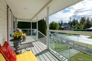 Photo 2: 2800 Allen Ave in : CV Cumberland House for sale (Comox Valley)  : MLS®# 856788