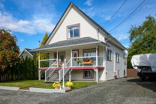 Photo 12: 2800 Allen Ave in : CV Cumberland House for sale (Comox Valley)  : MLS®# 856788
