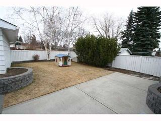 Photo 19: 28 HARROW Crescent SW in CALGARY: Haysboro Residential Detached Single Family for sale (Calgary)  : MLS®# C3419230