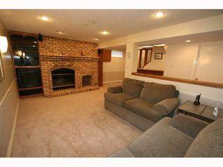 Photo 16: 28 HARROW Crescent SW in CALGARY: Haysboro Residential Detached Single Family for sale (Calgary)  : MLS®# C3419230