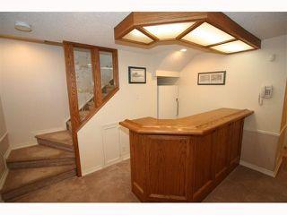 Photo 15: 28 HARROW Crescent SW in CALGARY: Haysboro Residential Detached Single Family for sale (Calgary)  : MLS®# C3419230