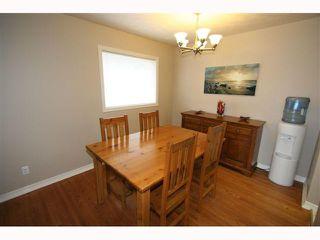 Photo 7: 28 HARROW Crescent SW in CALGARY: Haysboro Residential Detached Single Family for sale (Calgary)  : MLS®# C3419230