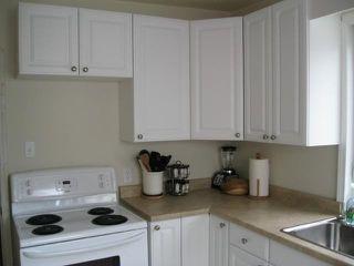 Photo 4: 350 BELVIDERE Street in WINNIPEG: St James Residential for sale (West Winnipeg)  : MLS®# 1017575